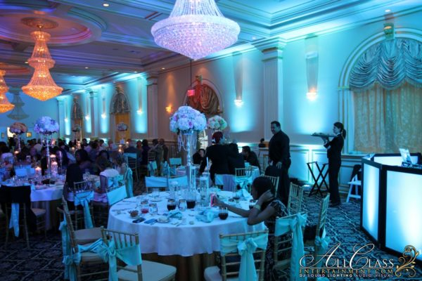 Room upligthing for weddings and sweet 16s