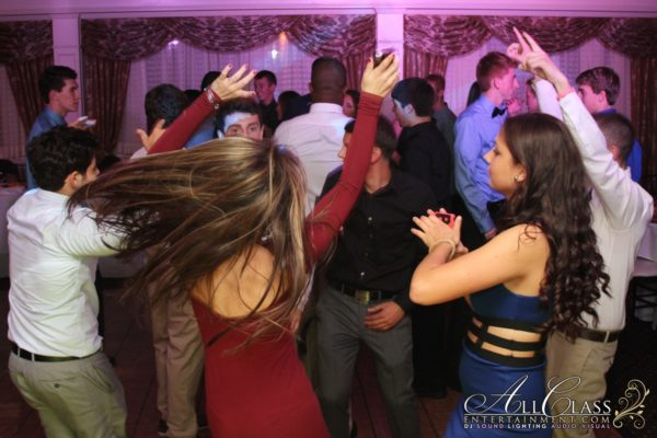 KATIE'S SWEET 16 AT THE WEST HILLS COUNTRY CLUB